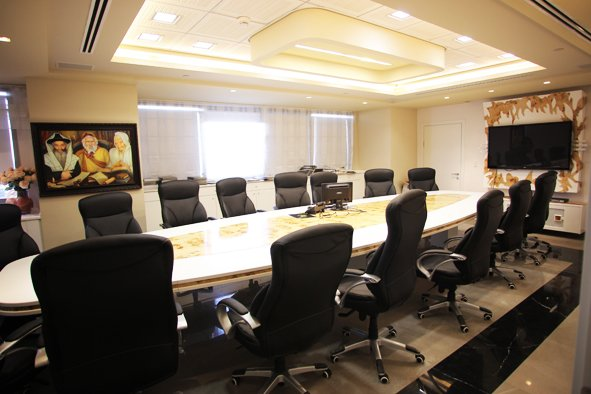 בניין משרדים K Towers 10