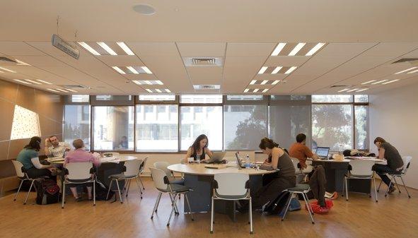 מרכז מידע ספרייתי 9